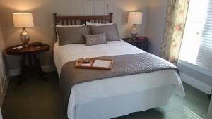 Kensington Suite bed 2